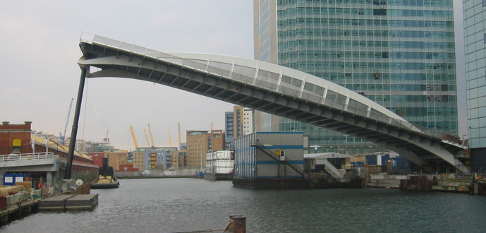 Canary-Wharf-Bridge